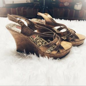 HotKiss Bronze Wedge Sandals Size 7